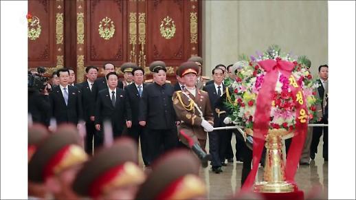 군사 훈련장 찾아간 김정은...남북회담 무응답 속내는?