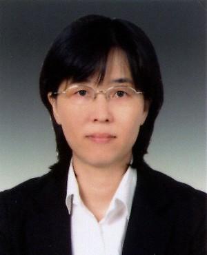 '최연소' 이미선 헌법재판관은 누구?