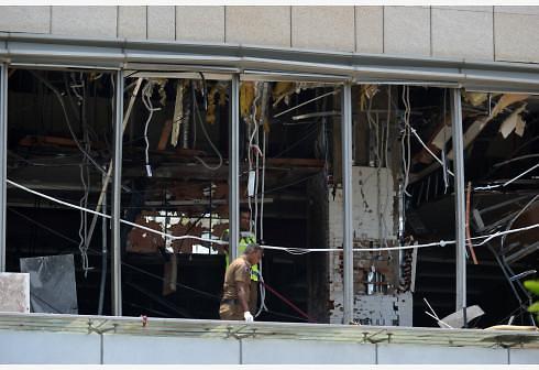스리랑카 교회 호텔 연쇄 폭발...항공기 운항 중단