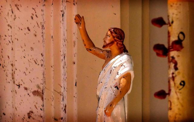 [글로벌 포토] 신이시여 어디에 계십니까? 스리랑카 테러 참혹한 현장