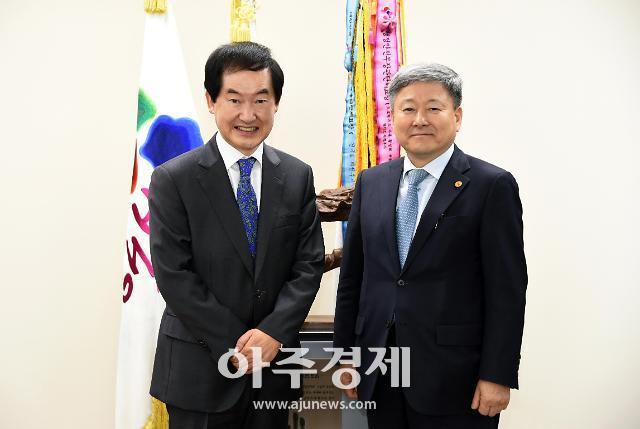 [포토] 인천교통공사 사장 만난 안병용 의정부시장