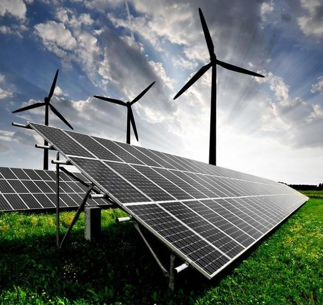 文정부가 때린 '에너지‧부동산'…창업은 되레 급등