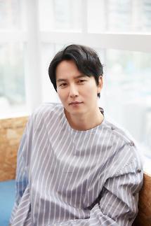 [인터뷰] 열혈사제 김남길 필살기는 조금 남겨뒀어요