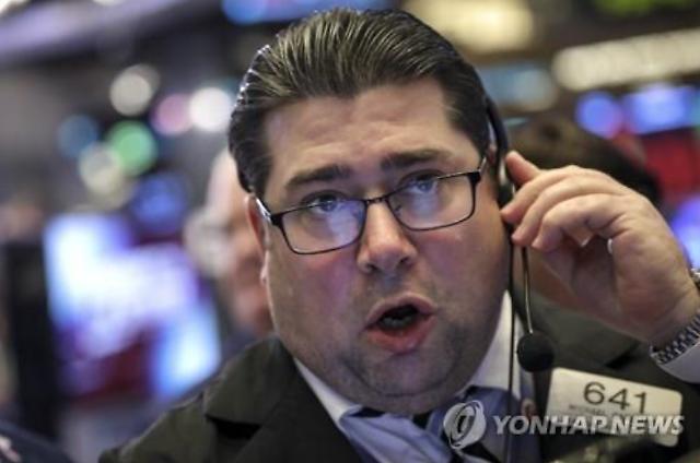 [全球股市]中美贸易摩擦现实化担忧持续 道琼斯指数连续两天下跌1.70%