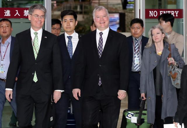 美方:对朝施压立场不变 不干涉韩政府对朝援粮