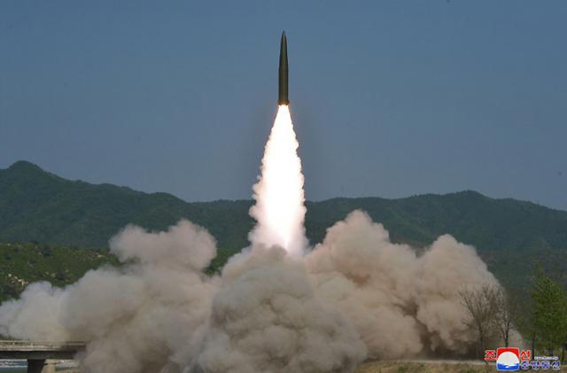 N. Korean leader stresses strong physical force in supvervising missile launch