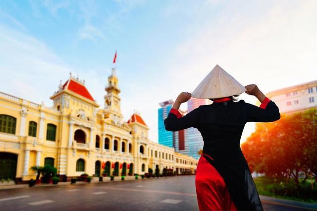 2020년대는 아시아 세기…성장률 7% 클럽 장악