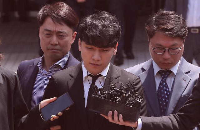 韩国法院不批准逮捕胜利 称犯罪嫌疑还需查证