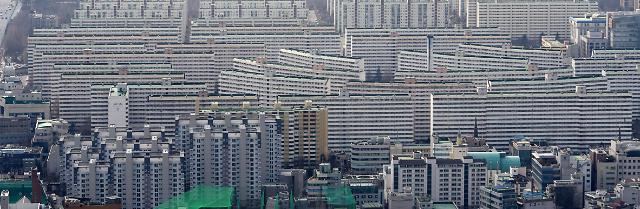 강남 재건축 반짝 상승…집값 바닥다지기 돌입?