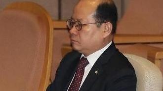 '지뢰영웅 조작 의혹'... 軍, 재조사 검토조차 안해