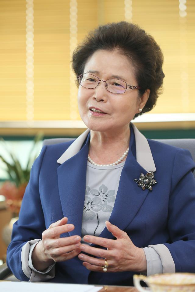 """[아주e사람] 안영수 IGSE 총장 """"한국으로 영어유학 오는 대학원 만들겠다"""""""