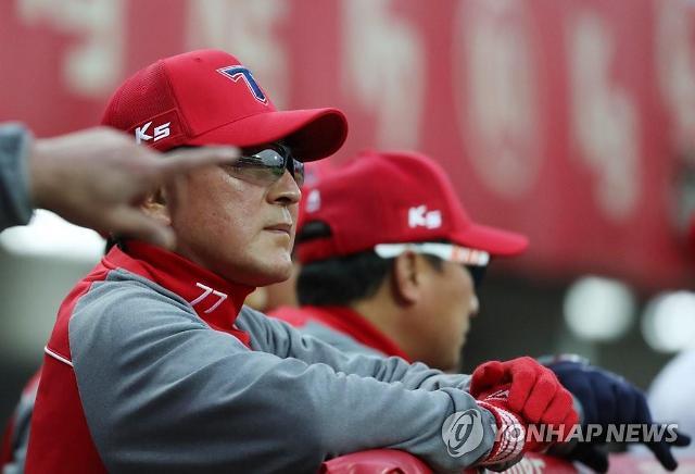 김기태 감독, 성적 부진으로 전격 '자진 사퇴'…KIA는 박흥식 대행체제