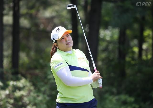 6홀차 압승 박인비, 2년 연속 도장깨기 순항…두산 매치플레이 2연승