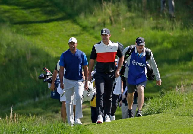 '메이저 사냥꾼' 켑카, PGA 챔피언십 첫날부터 '딱 걸렸어'