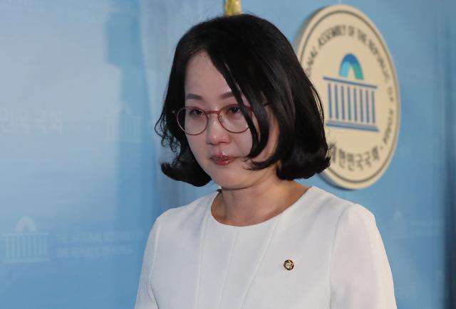 """김현아 한센병 발언 사과에 靑 """"공식입장 無""""…막말 공방 확전 자제"""