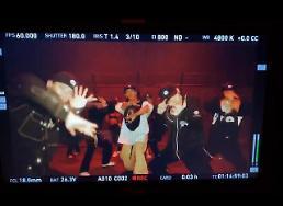 .殷志源将发行个人专辑 WINNER宋旻浩参与词曲创作.