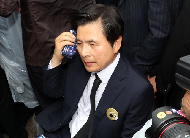 [슬라이드 화보] 광주서 진땀흘린 황교안 대표