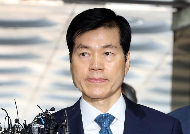 '삼바 증거인멸 지시' 의혹 김태한 대표 법원 출석…질문에 '묵묵부답'