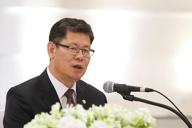 韩统一部长:力促韩朝关系发展