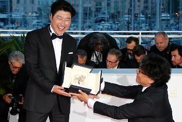 [포토] 황금종려상 위대한 감독과 배우의 투샷