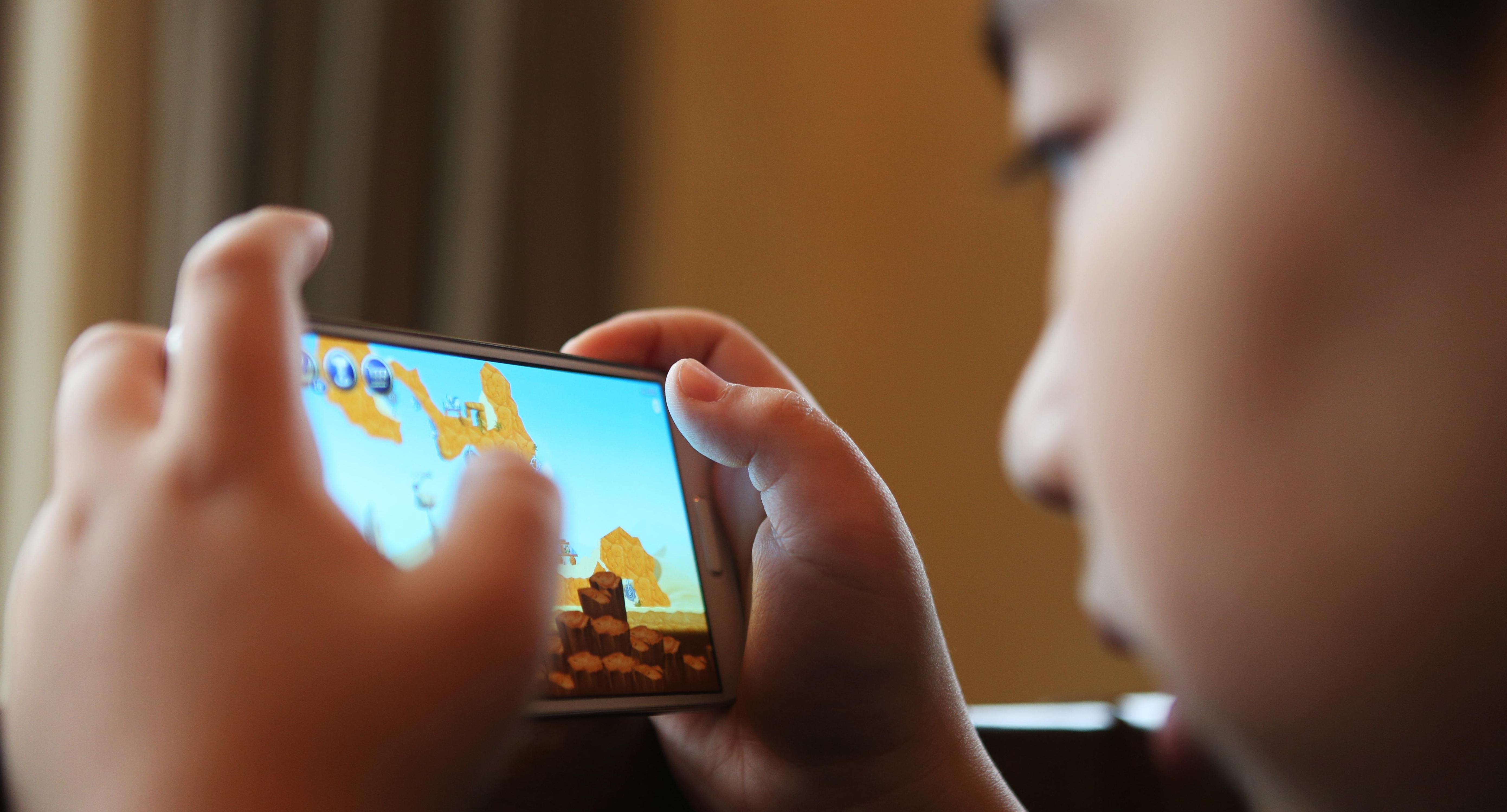 게임중독은 질병?…찬반 논란 확산