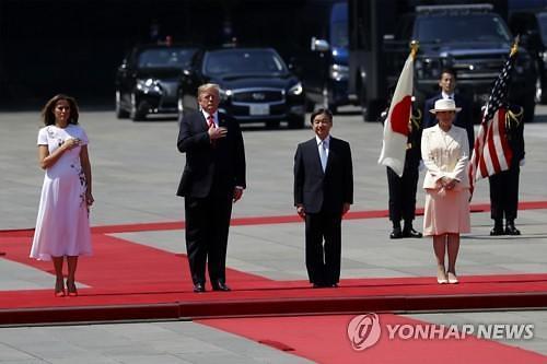 트럼프, 일본에 무역불균형 시정 압박·북미 관계 낙관