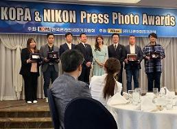 .秀智被韩记者协会选为最上镜艺人.