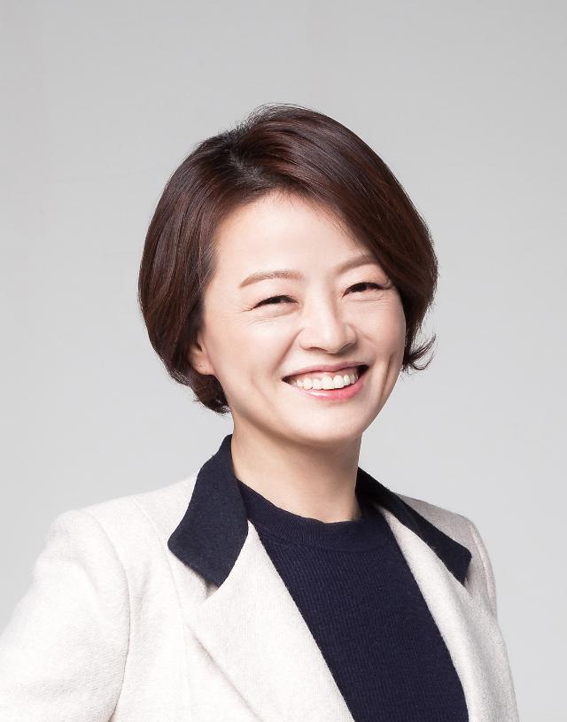 진선미 장관, 성평등 우수기업 풀무원서 현장 목소리 듣는다