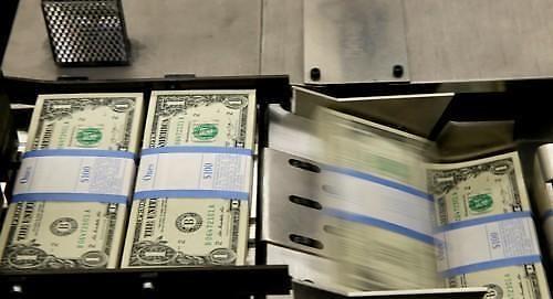[亚洲汇率]日元下跌 投资者们处于观望中