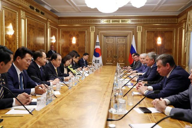 朝俄国会高级别合作委会议商讨韩朝俄合作