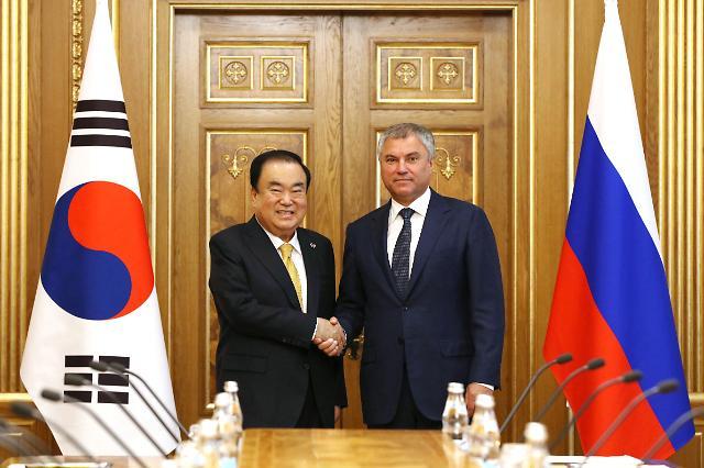 문희상 의장, 러시아 일정 마무리…남·북·러 '3각 협력' 필요성 강조(종합)