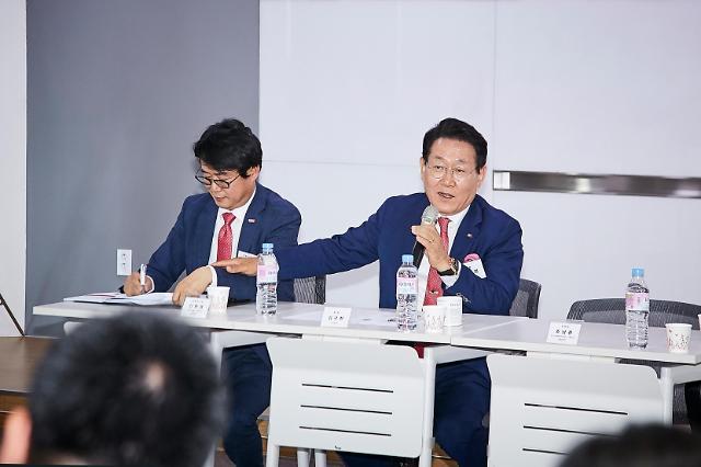 """김국현 이니스트그룹 회장 """"인보사 사태 계기로 상장준비 더 철저히 할 것"""""""