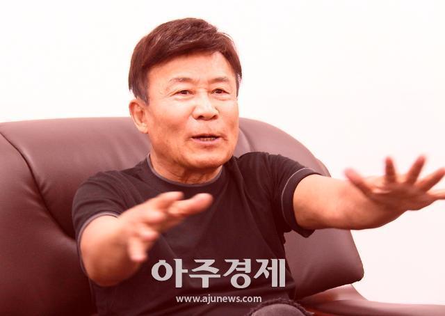 [광복회장 김원웅 인터뷰]①내 부모는 모두 김원봉 광복군 대원이었다