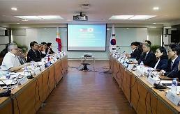 .韩国与菲律宾宣布启动自贸协定谈判.