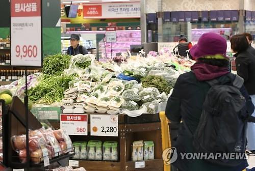(종합)소비자물가 상승률 5개월째 0%대…5월 0.7%↑