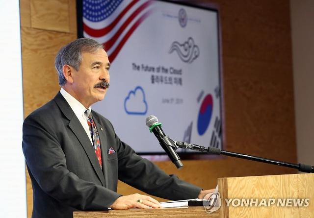 미 정부, 반 화웨이 전선 한국 참여 공개적 요구
