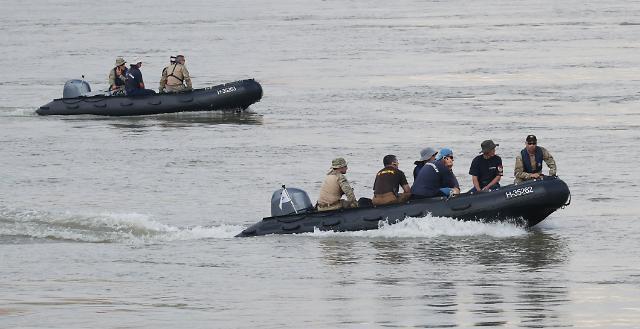 [헝가리 유람선 침몰] 한국인 시신 2구 추가 수습…30대 여성·60대 남성