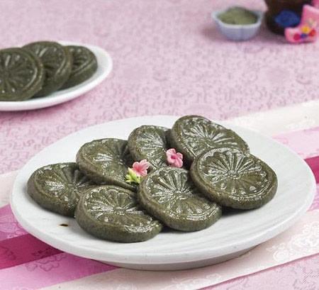 吃艾子糕、用菖蒲汤洗头 原来韩国人这样过端午······