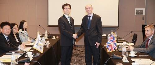 韩英就双边自贸协定达成初步原则性协议