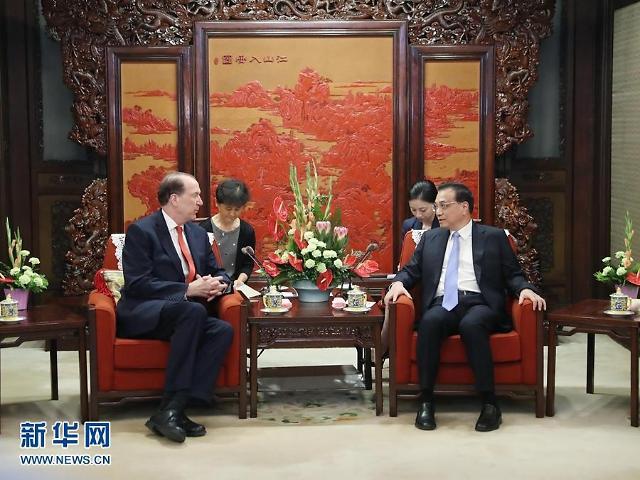 """리커창, 美 전 고위관료 면전서 """"중국 경제 문제없다"""""""