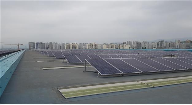 서울 지하철 차량기지 태양광 발전소로 변모