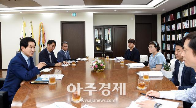 [포토] 안병용 의정부시장, 문화도시 조성 민·관 네트워크 간담회 참석