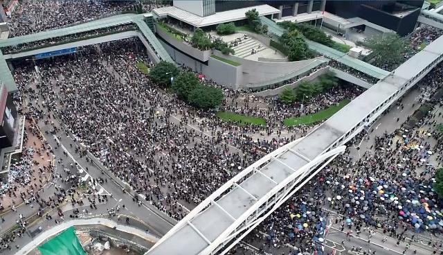 꼬이는 홍콩 사태… '범죄인 인도법안' 갈등 국제화 양상(종합)