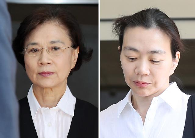 '대한항공 이용 명품밀수' 이명희·조현아 모녀 구속 면해…1심 집행유예 선고