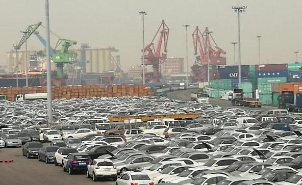 Ngành công nghiệp ô tô thắng lớn - sản xuất và xuất khẩu tăng trong hai tháng liên tiếp