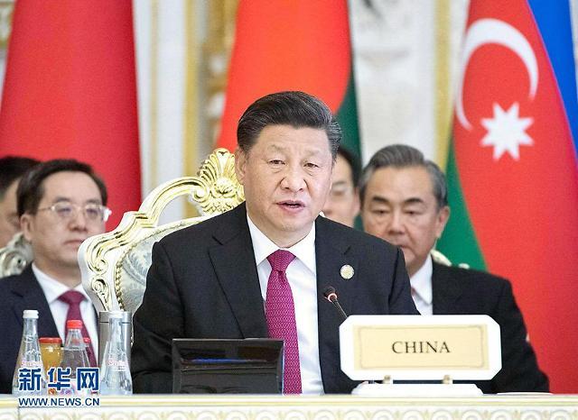 시진핑의 위기 대응법 외강내유…美 견제하며 홍콩 달래기