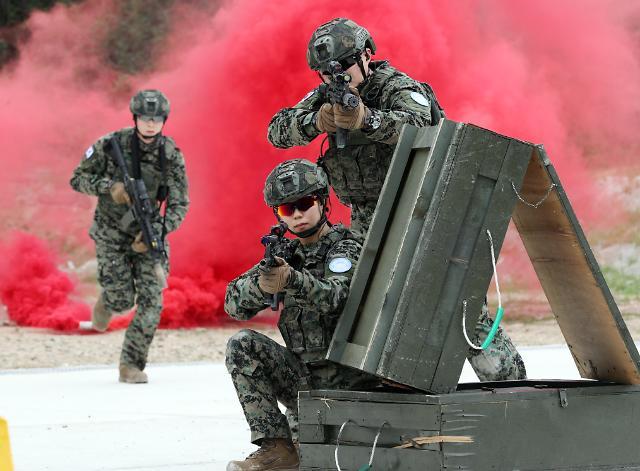 [포토] 워리어플랫폼 착용 기동사격 훈련