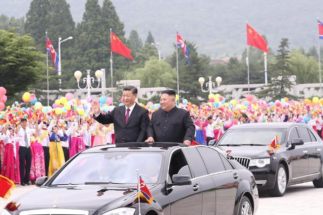 [중국포토]환영행사만 두차례 평양서 황제예우 받은 시진핑