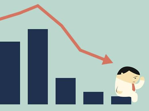 추락하는 보험주, 금리인하 땐 더 심각