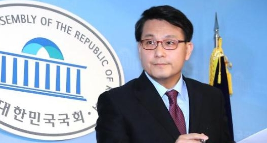 [국회 이슈人] 쓴소리맨 윤상현, 각종 외교 현안에 '전략 행보'